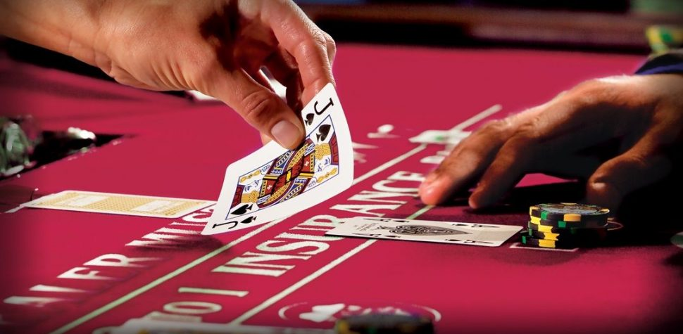 Play poker casino games